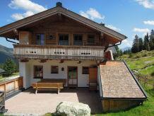Ski lodge Chalet Lang in Hochkrimml für 12 Personen