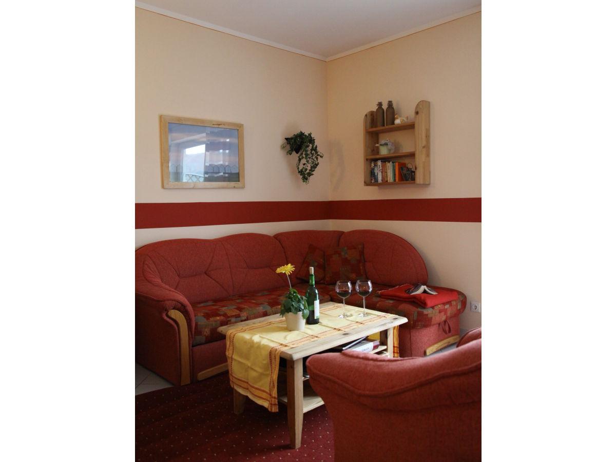 ferienwohnung ernst 1 rollstuhlgerecht mosel familie stefan elke ernst. Black Bedroom Furniture Sets. Home Design Ideas