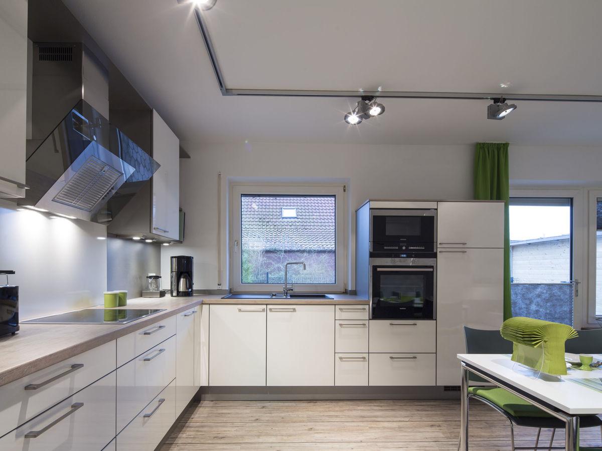 ferienwohnung fiete gelegen im ferienhaus mien hus norddeich firma dr h vener nachf gmbh. Black Bedroom Furniture Sets. Home Design Ideas
