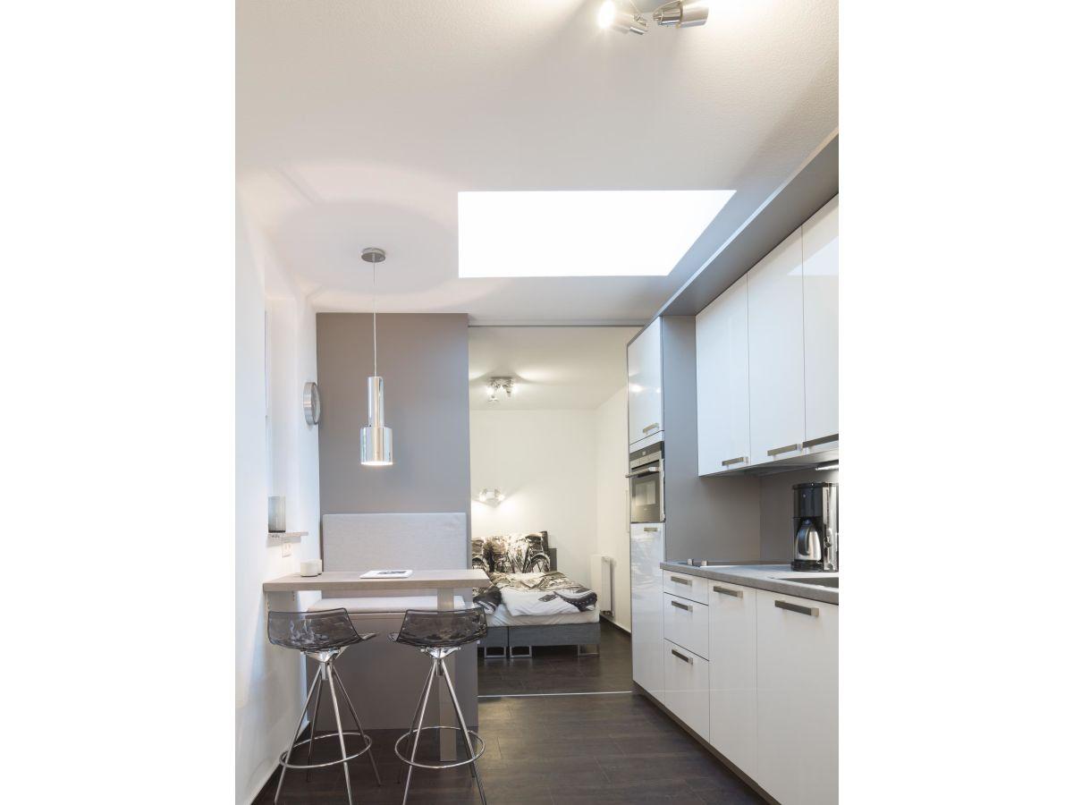ferienwohnung leeze im ferienhaus jovles beisken m nster firma dr h vener nachf gmbh. Black Bedroom Furniture Sets. Home Design Ideas