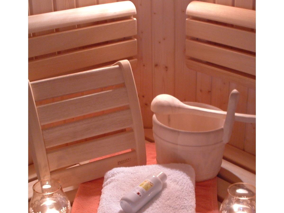 bauernhof mit der ferienwohnung alpenrose im vitalhof niederhof meranerland s dtirol firma. Black Bedroom Furniture Sets. Home Design Ideas
