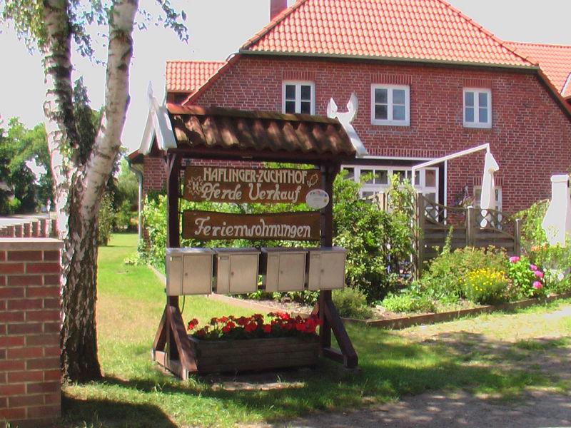 Ferienwohnung mit Balkon auf Ferienhof südlich nahe Hamburg