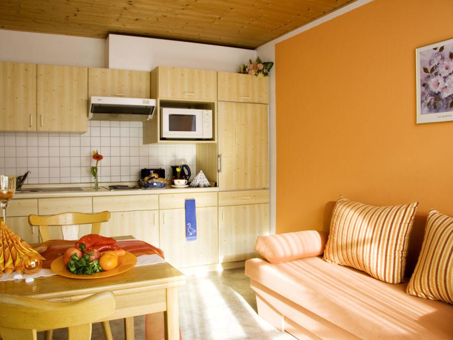 ferienwohnung 3 im pferdezentrum f ssen allg u f ssen k nigswinkel familie guggemos. Black Bedroom Furniture Sets. Home Design Ideas