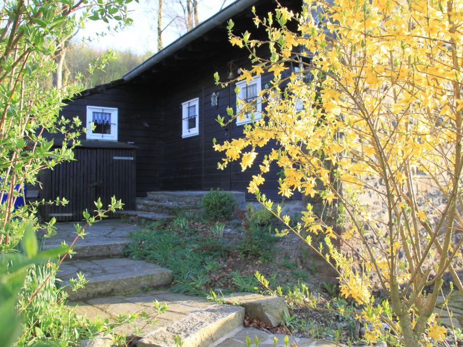 """Ostseite der """"Margarete"""" mit Hauseingang"""