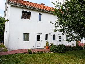 Ferienhaus Haus Claudia - A