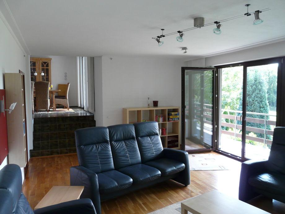 1. - 2. Ebene Blick vom Wohnzimmer zur Essdiele