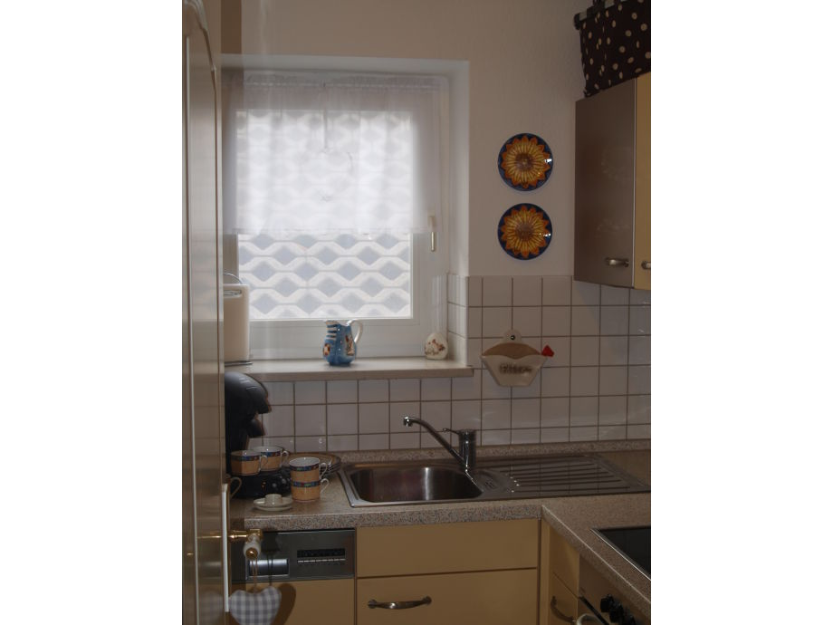 Küche Spülmaschine Neben Backofen ~ ferienwohnung meergut, fehmarn marienleuchte frau jutta rochol köhler