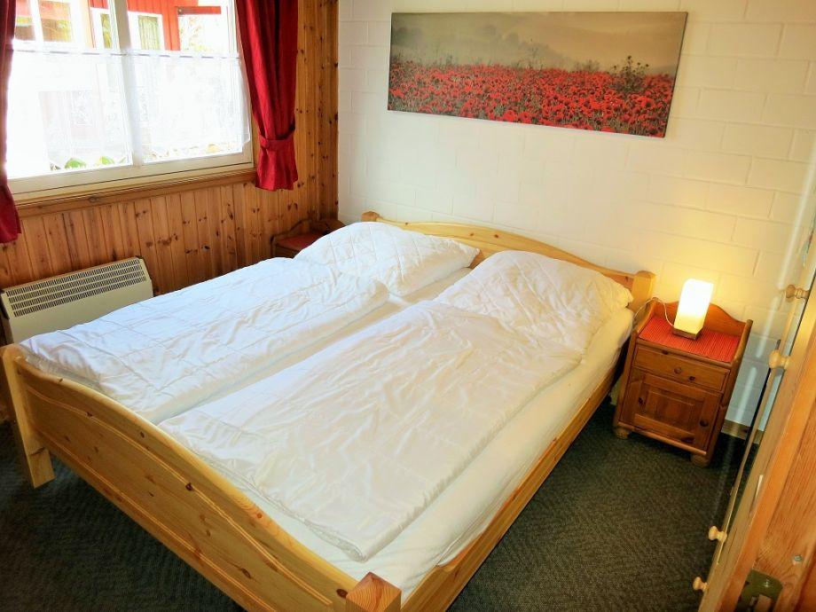 ferienhaus alissa im ferienpark extertal zwischen weserbergland und dem teutoburger wald herr. Black Bedroom Furniture Sets. Home Design Ideas