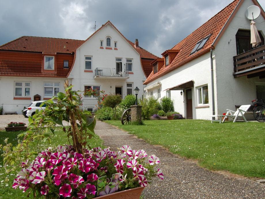 Nr.2, Balkon Haupthaus, Gartenseite