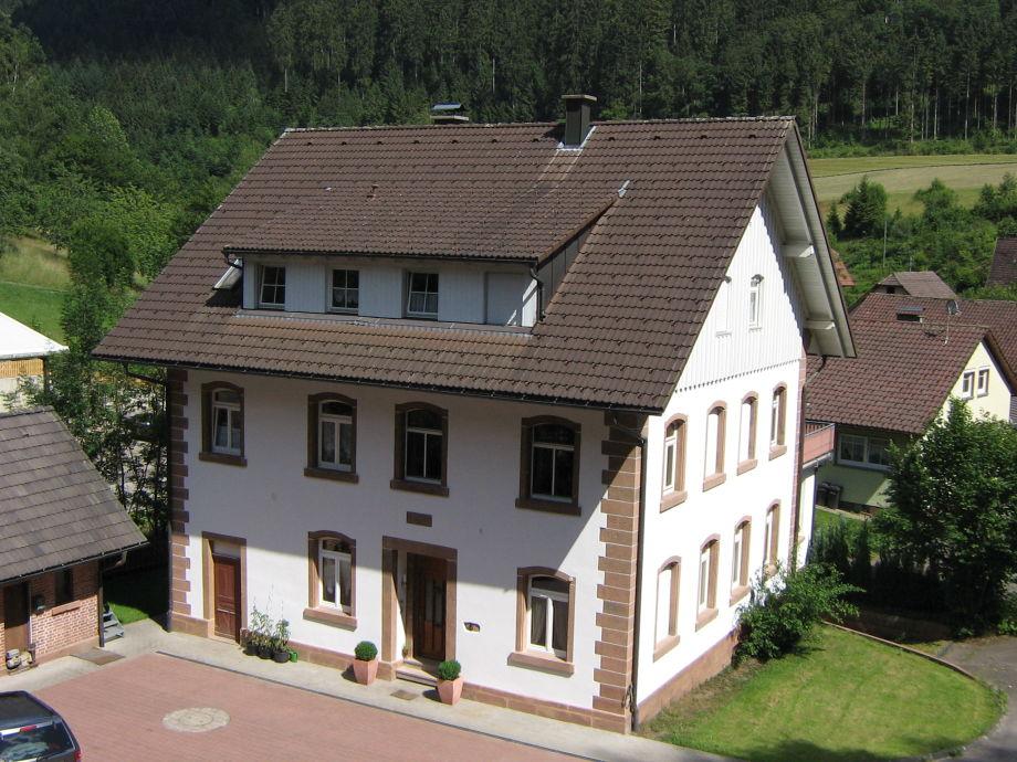 Alte Seebachschule frontal