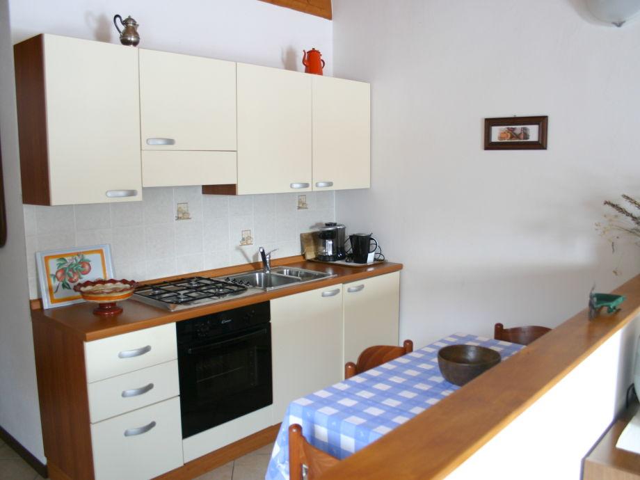 ferienwohnung tivano im landhaus casetta rogul comer see frau denni. Black Bedroom Furniture Sets. Home Design Ideas