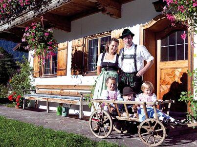 Ihr Gastgeber Josef und Katharina Kandlinger