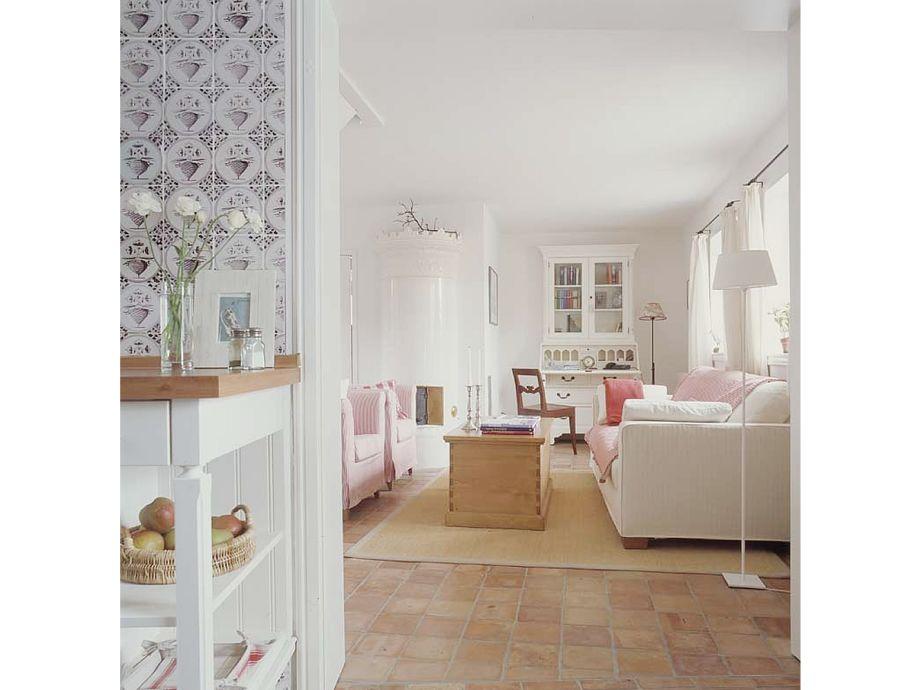 Blick Ins Wohnzimmer Mit Kachelofen Wg 3