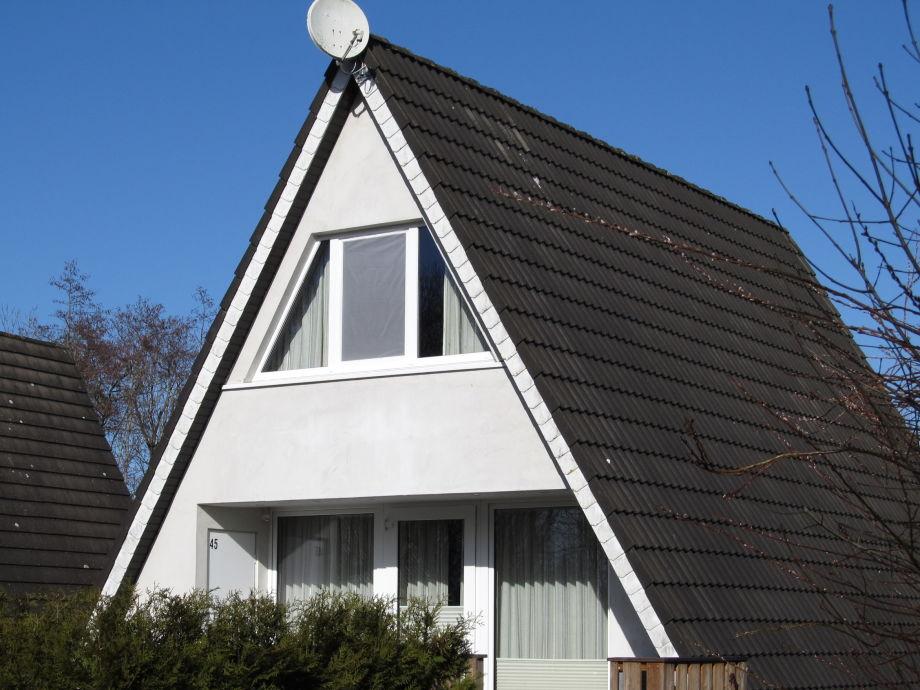 Nurdachhaus in Fedderwardersiel