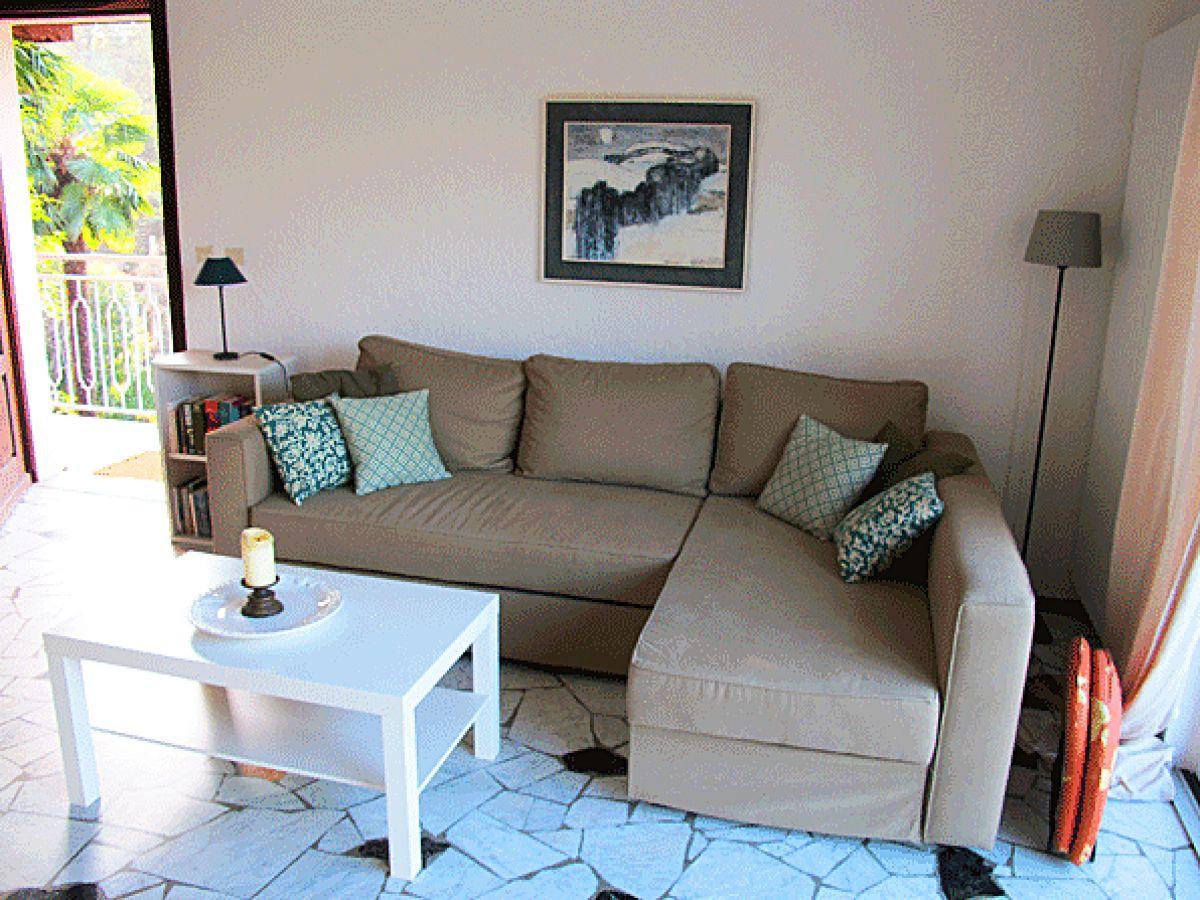 Ferienwohnung holis12 italien lombardei lago maggiore for Sitzecke wohnzimmer