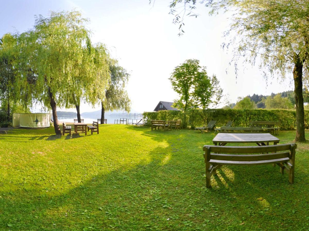 ferienwohnung blumenwiese am faaker see villa karglhof. Black Bedroom Furniture Sets. Home Design Ideas