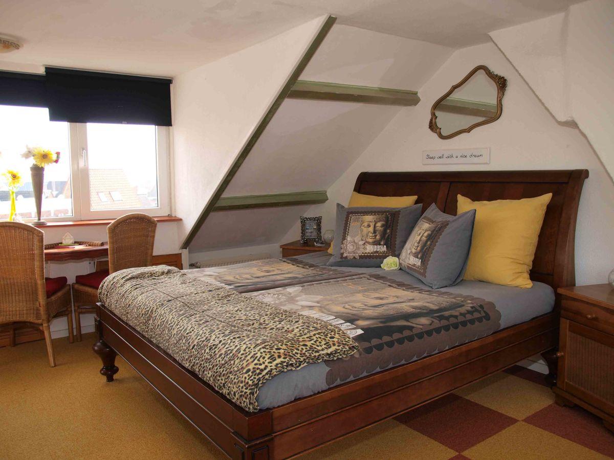 apartment studio am strand zandvoort aan zee nordholland familie peter und petra butter. Black Bedroom Furniture Sets. Home Design Ideas