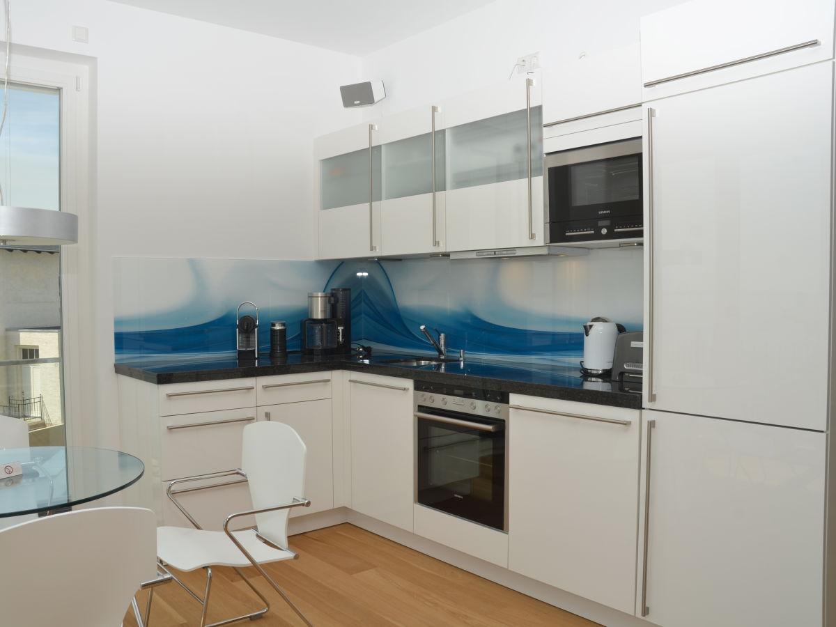 ferienwohnung ocean sun insel r gen firma acquando frau irina verlos. Black Bedroom Furniture Sets. Home Design Ideas