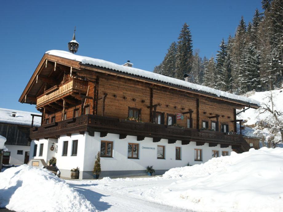 Bauernhof Oberkrenmoos im Winter