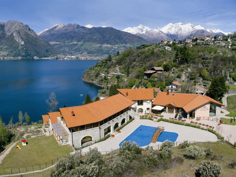 Die Ferienwohnungen liegen direkt am Comer See