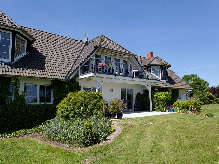 Wohnhaus - Ansicht vom Garten