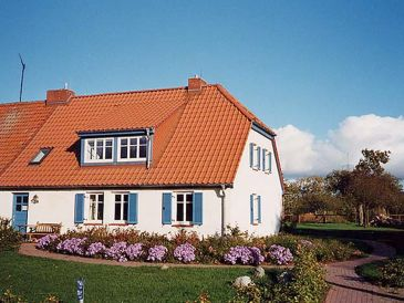"""Holiday apartment """"the little paradise"""" in the house müritz"""