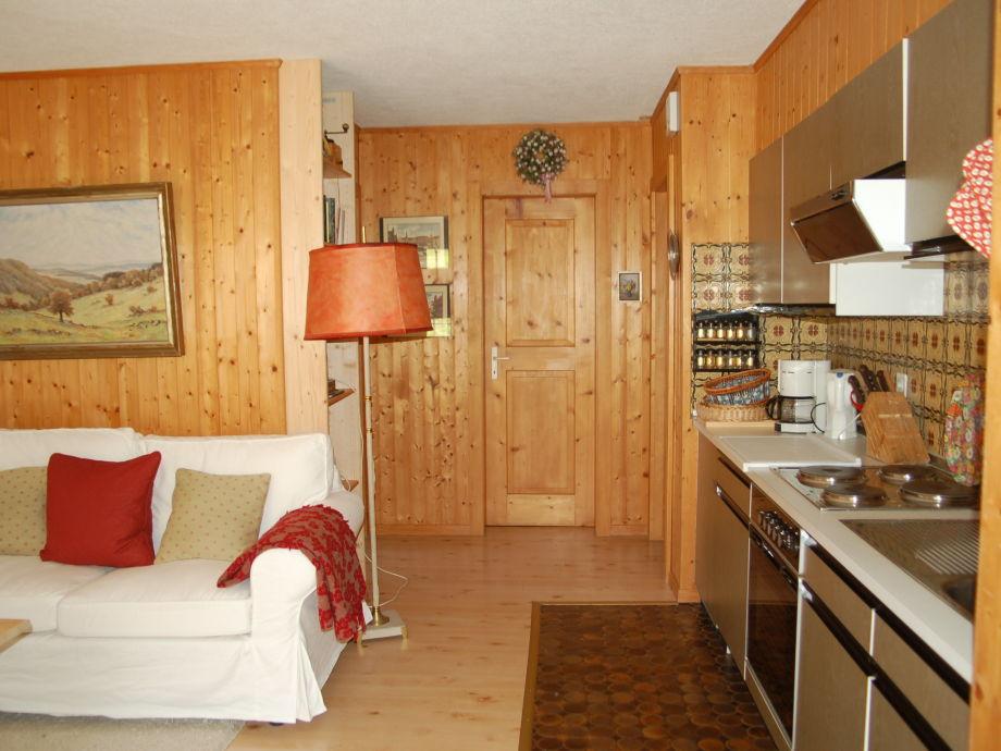 ferienwohnung 2 im chalet primula wallis oberwallis. Black Bedroom Furniture Sets. Home Design Ideas