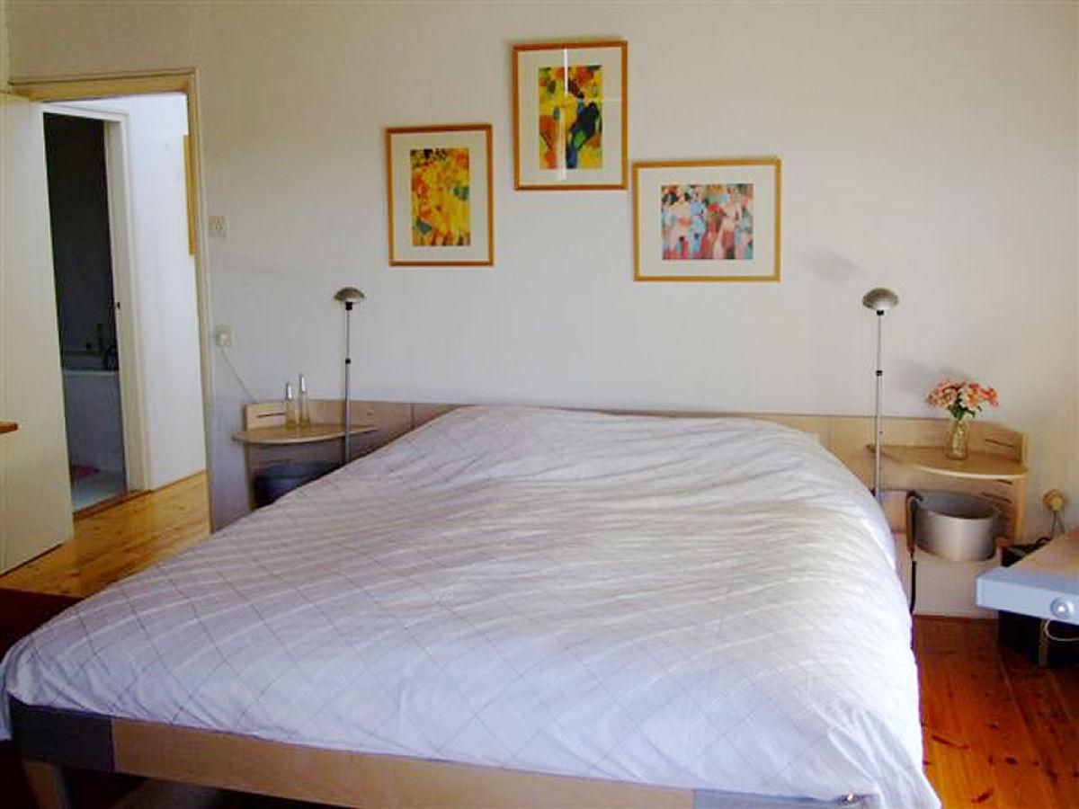 Ferienhaus villa ideaal nordsee bergenaanzee herr jan for Bett 2 mal 2 meter