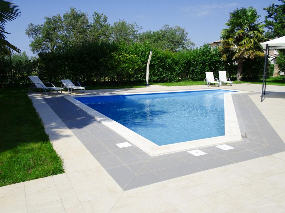 Villa Marjana pool