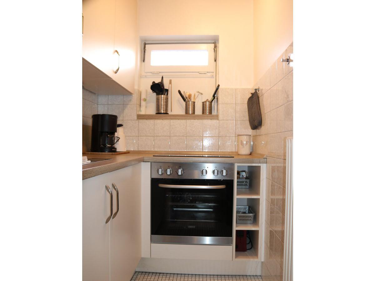 ferienwohnung nr 3 auf dem doose hof nordsee festland b sum frau angelika gerdau. Black Bedroom Furniture Sets. Home Design Ideas