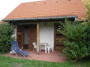 """Ferienwohnung Plattensee-Nord """"Sommerhaus"""""""
