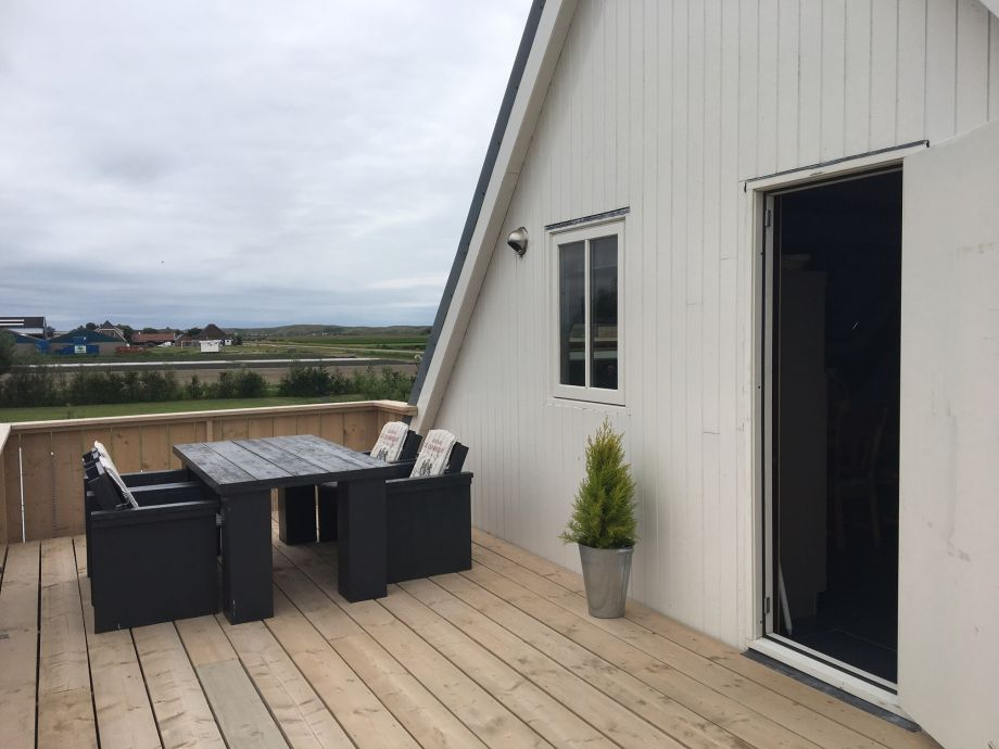 roof terrace with door