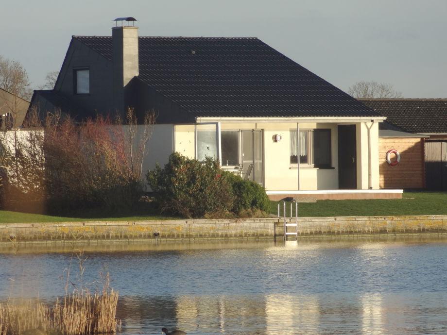 Ferienhaus A9 am Binnensee mit Blick zum Deich