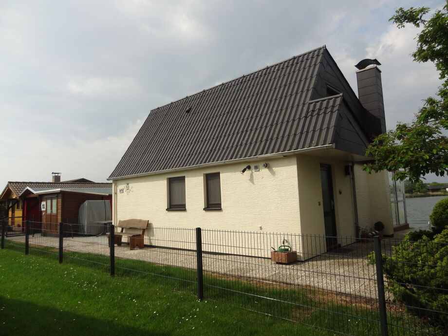 Ferienhaus Eul A 9 mit direkter Seelage