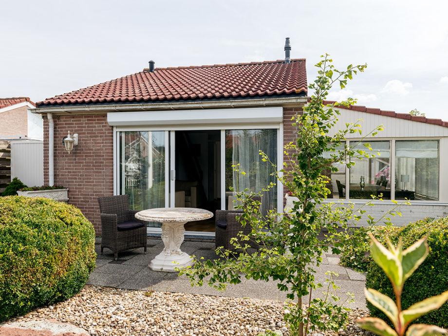 Das Ferienhaus mit Vorgarten