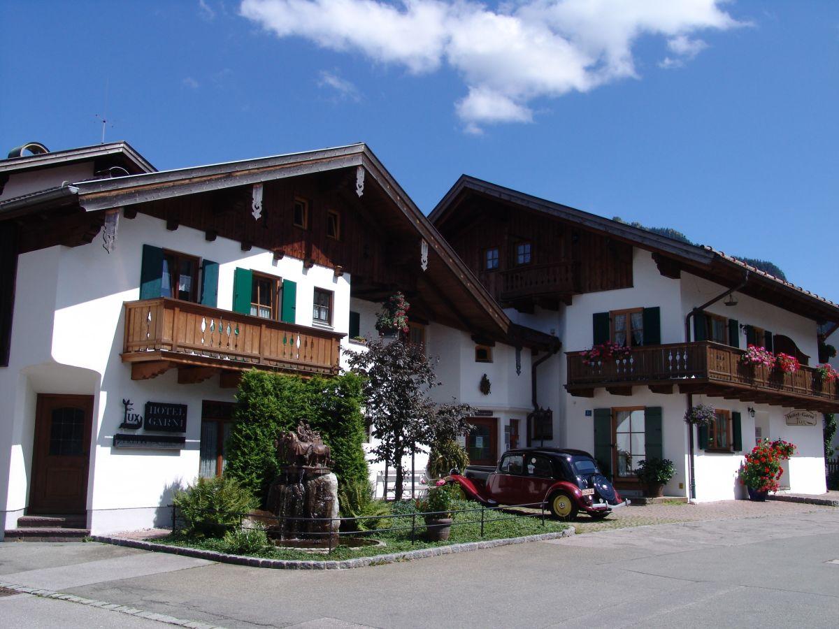 ferienwohnung fux apartment b ammergauer alpen familie michael fux. Black Bedroom Furniture Sets. Home Design Ideas