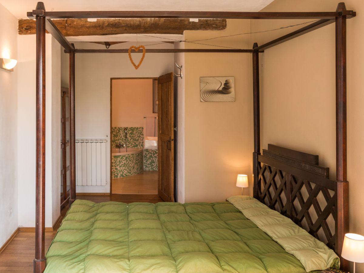 ferienhaus casa pasqualin asti alta langa firma viavai dolce far niente ag frau anina von arx. Black Bedroom Furniture Sets. Home Design Ideas