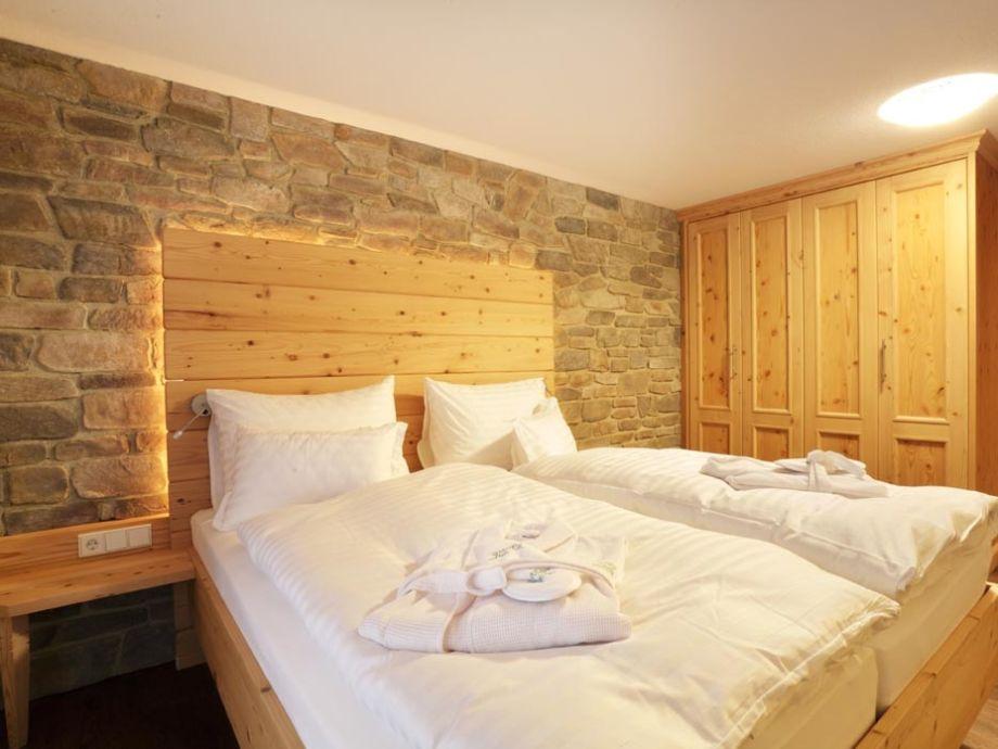 Schlafzimmer Und Betten