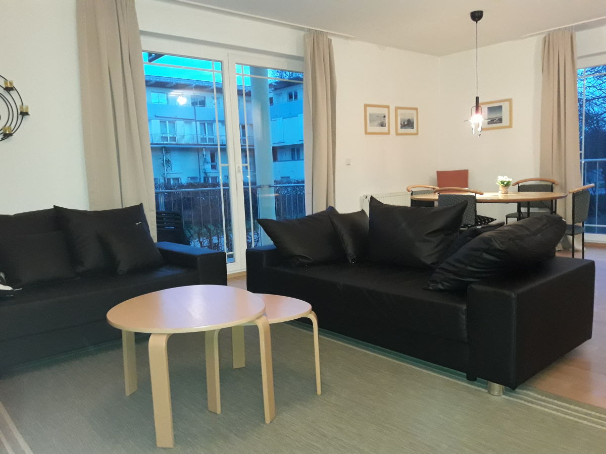 ferienwohnung strandoase heringsdorf wohnung nr 5 usedom drei kaiserb der herr karsten schmidt. Black Bedroom Furniture Sets. Home Design Ideas