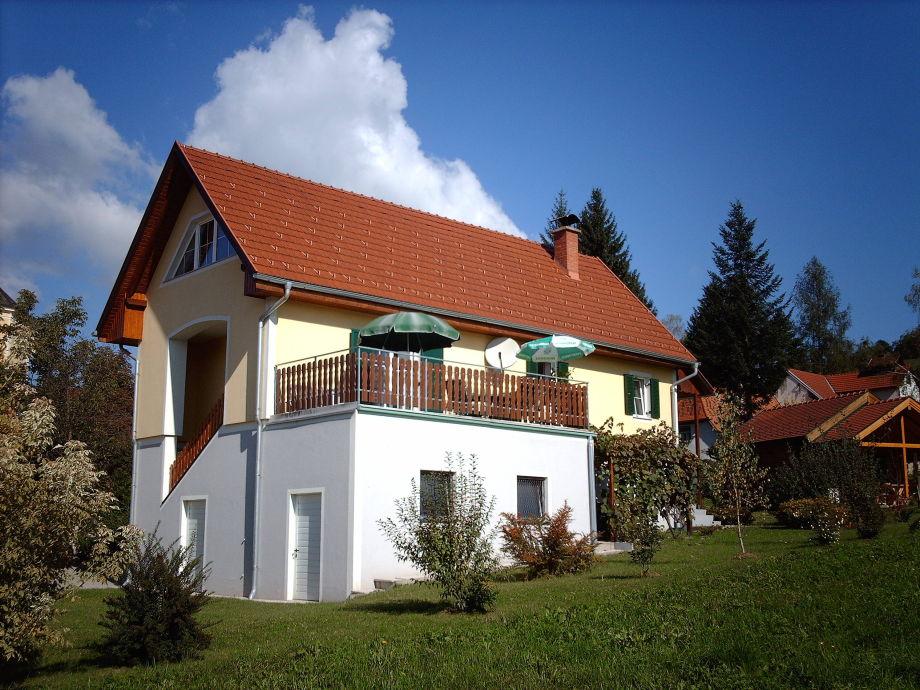 FW 2 mit der großen Terrasse