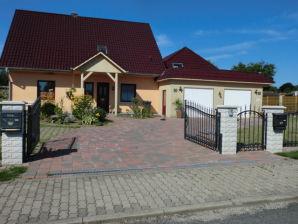 """Ferienhaus """"Haus Rolofshagen"""""""