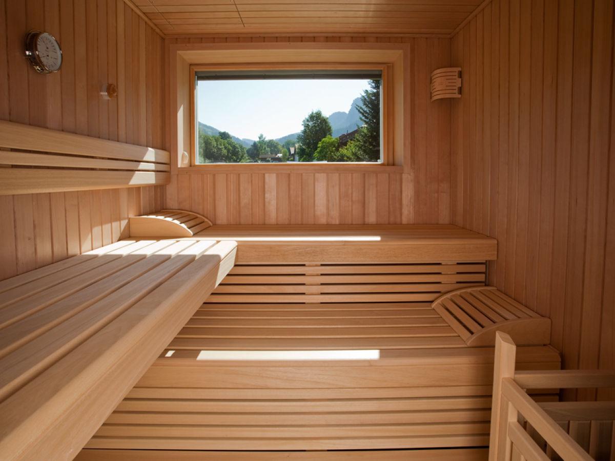 ferienhaus tiziana oberbayern ammergauer alpen werdenfelser land herr korbinian h ldrich. Black Bedroom Furniture Sets. Home Design Ideas