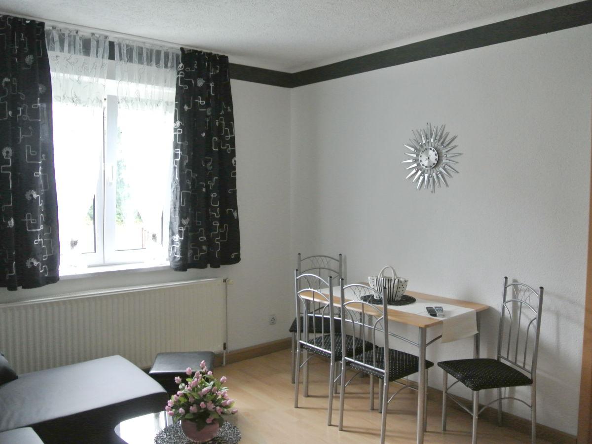 Ferienwohnung stolz 2 markkleeberg familie simone for Wohn und esszimmer