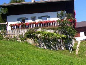 """Ferienwohnung """"Rose"""" am Bauernhof Traterhof"""