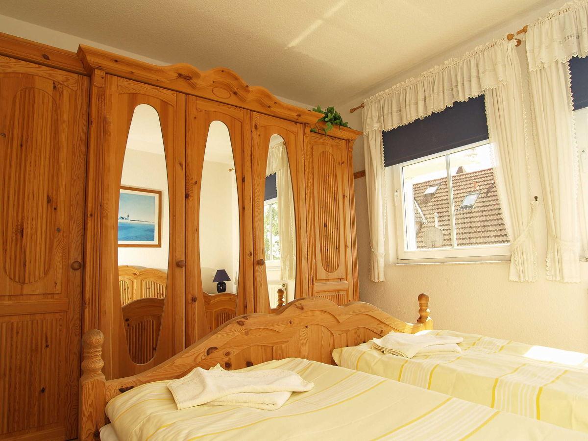 ferienwohnung bernstein be 10 ostsee mecklenburgische ostseek ste firma zimmer am meer. Black Bedroom Furniture Sets. Home Design Ideas