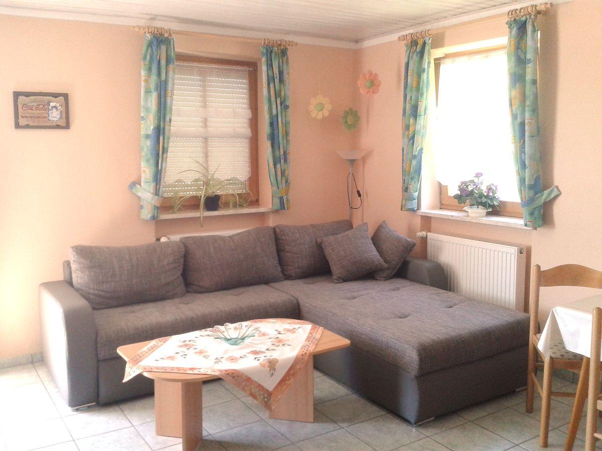 ferienwohnung 2 ferienhof hofmann bayerischer wald frau. Black Bedroom Furniture Sets. Home Design Ideas