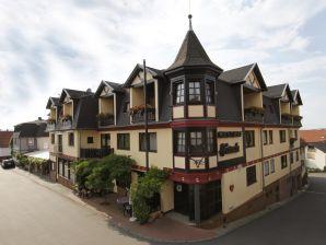 """Gästezimmer im Hotel """"Hirsch"""""""