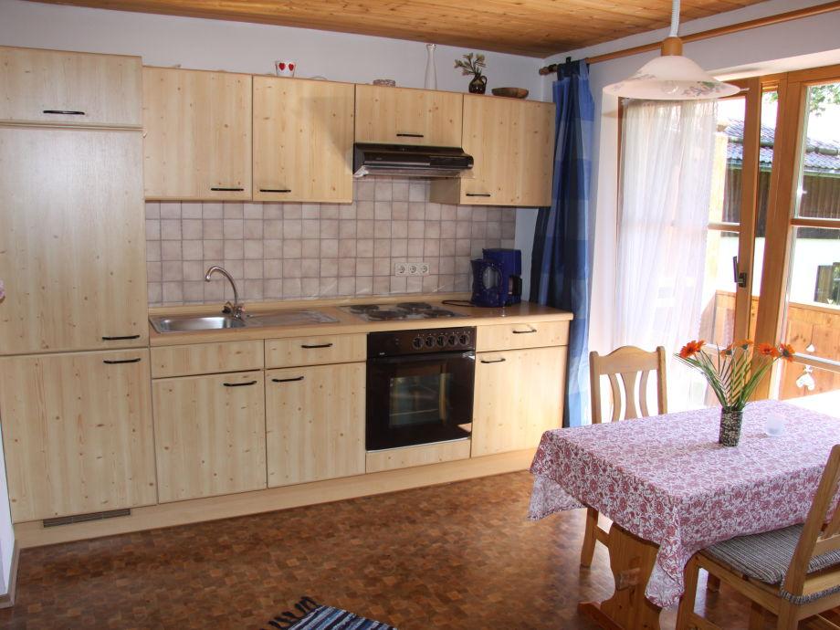 ferienwohnung gr bl 3 oberbayern ammergauer alpen frau barbara gr bl. Black Bedroom Furniture Sets. Home Design Ideas
