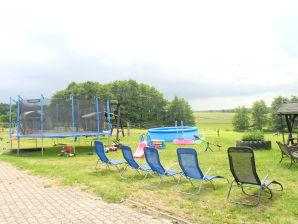 Ferienwohnung Leon auf dem Ferienhof Waldeck