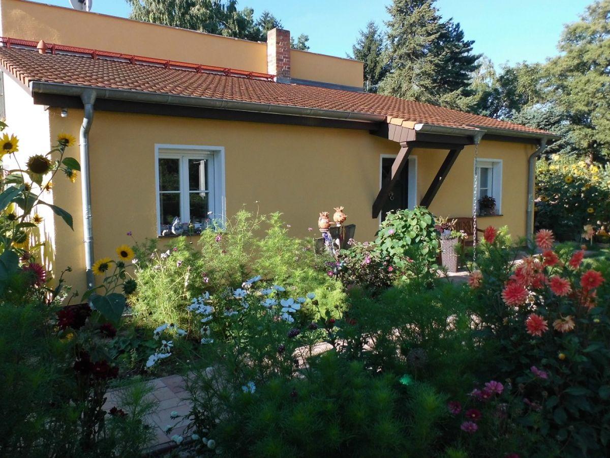 charmantes ferienhaus am see berliner umland dahme seengebiet familie michael und irina roscher. Black Bedroom Furniture Sets. Home Design Ideas